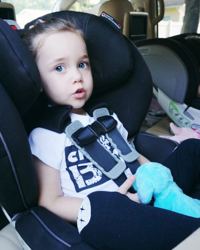 car ride tips and tricks, car ride activities for toddlers, road trip toddlers, stop the car ride blues, toddler car ride blues