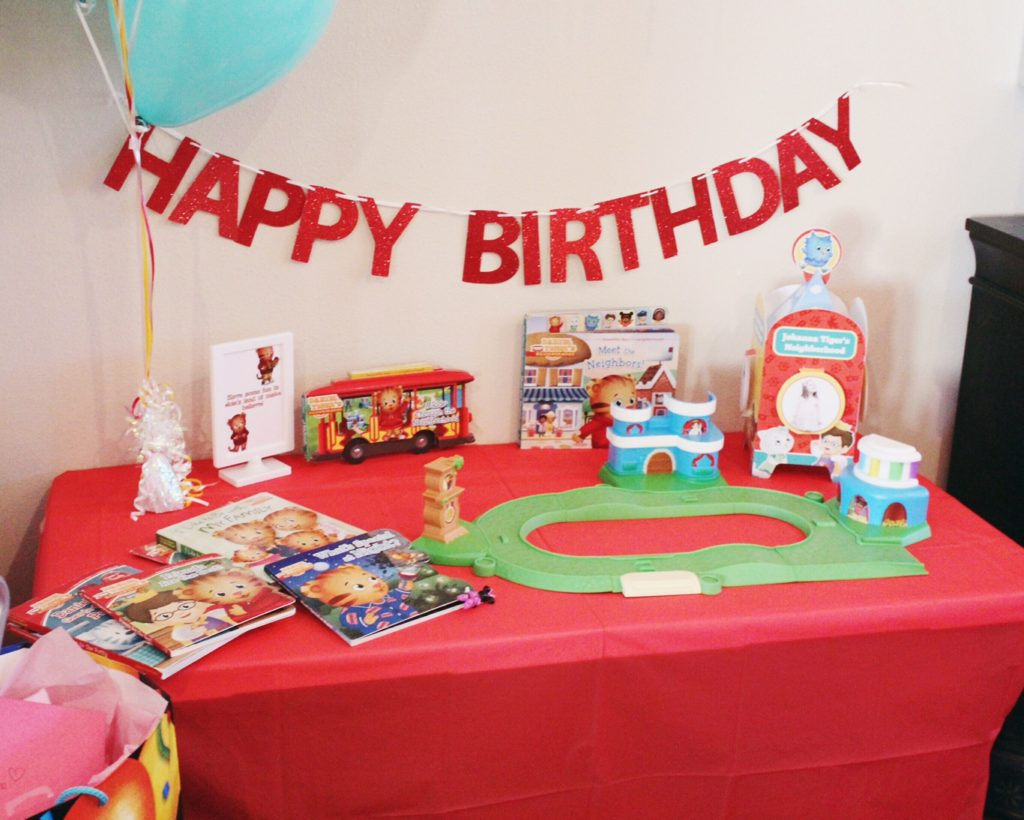 Daniel Tiger Themed Birthday Party