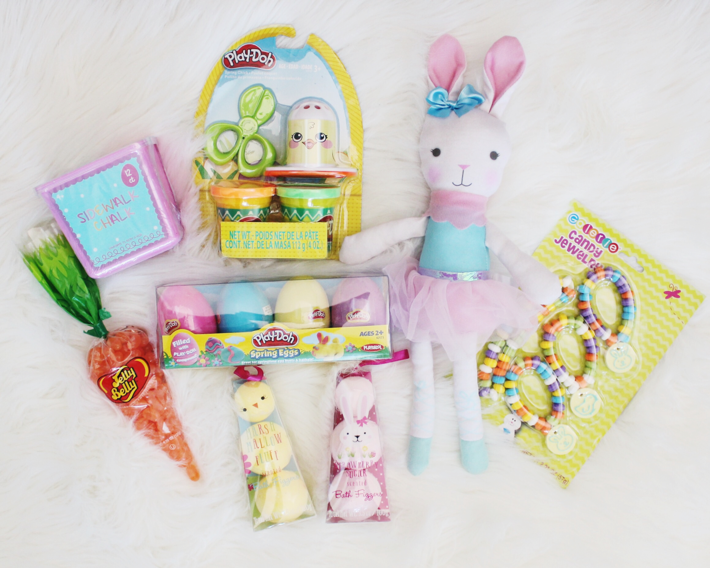Are you looking to fill your Easter baskets? These quick Easter Basket Fillers are the best! Check them out now from Oh Happy Play, Florida Motherhood blogger.