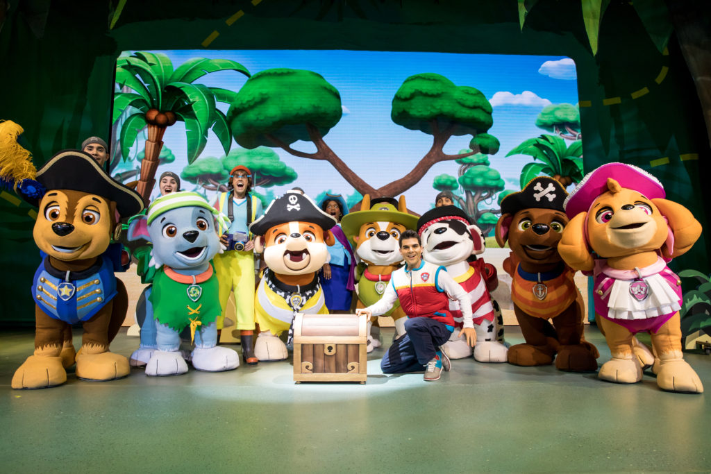 Oh Happy Play, Florida Motherhood bloggers a look at Paw Patrol Live and a Giveaway! Check it out now!