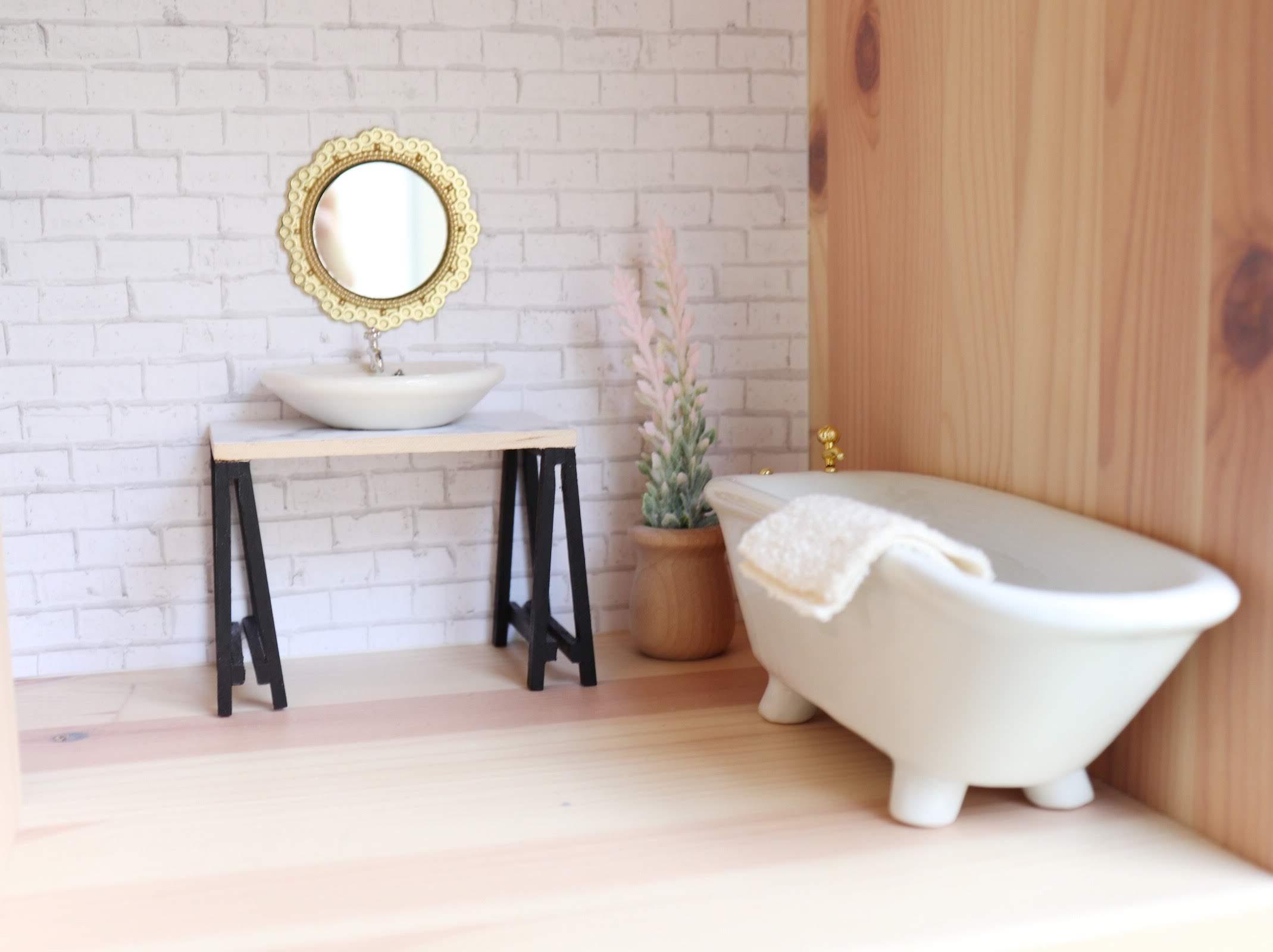Custom Dollhouse Bathroom