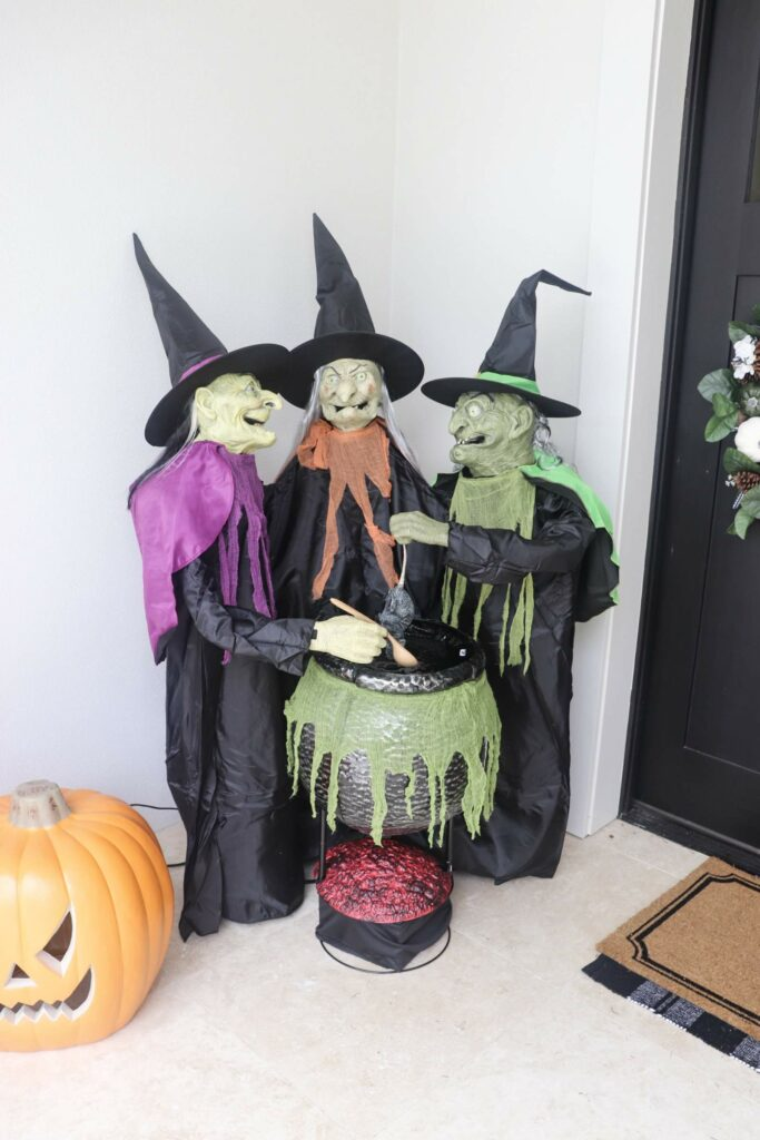 3 witch halloween decoration, Halloween ideas, Halloween Style Challenge, Patio makeovers, patio ideas, Holiday Decor